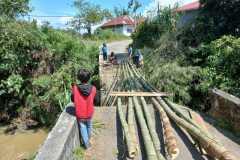 Jembatan tua penghubung antar nagari di Ampek Angkek Agam runtuh